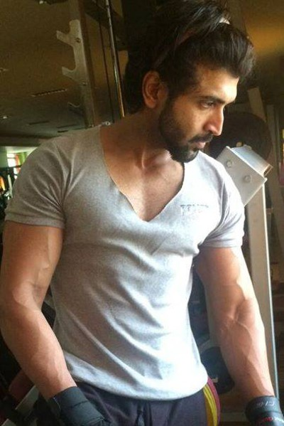 Movie Arun Vijay Photos, Videos, Reviews