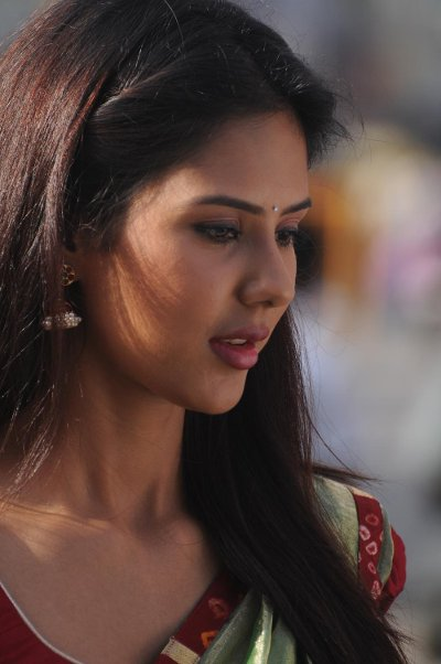 Movie Sonam Bajwa Photos, Videos, Reviews