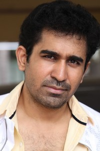 Actor Vijay Antony in  Mupparimanam, Actor Vijay Antony photos, videos in  Mupparimanam