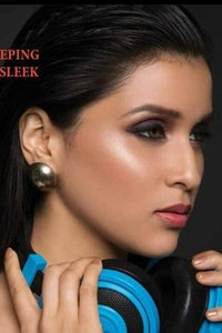 Actor Mannara Chopra in Rogue, Actor Mannara Chopra photos, videos in Rogue