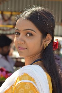 Actor Nitya Shetty in Aivaraattam, Actor Nitya Shetty photos, videos in Aivaraattam