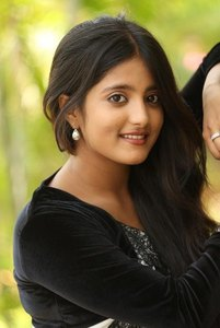 Actor Ulka Gupta in Andhra Pori , Actor Ulka Gupta photos, videos in Andhra Pori