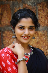 Actor Nikhila Vimal in Thambi, Actor Nikhila Vimal photos, videos in Thambi