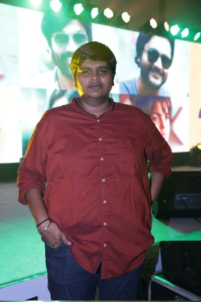 Movie Karthik Subbaraj  Photos, Videos, Reviews