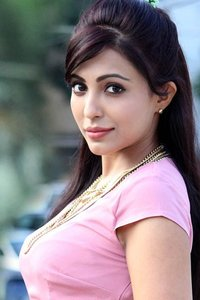 Actor Parvathy Nair in Koditta Idangalai Nirappuga, Actor Parvathy Nair photos, videos in Koditta Idangalai Nirappuga