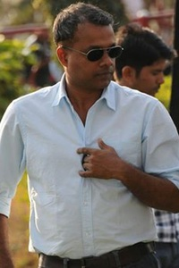 Gautham Menon  movie reviews, photos, videos