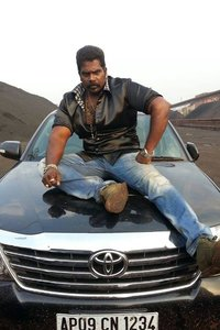 Actor Besant Ravi in Bairavaa, Actor Besant Ravi photos, videos in Bairavaa
