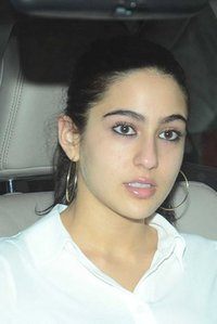 Actor Sara Ali Khan in Kedarnath, Actor Sara Ali Khan photos, videos in Kedarnath