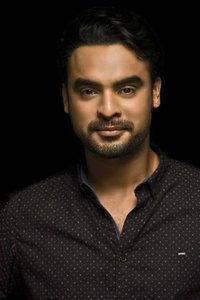 Actor Tovino Thomas in Abhiyum Anuvum, Actor Tovino Thomas photos, videos in Abhiyum Anuvum