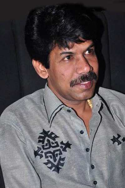 Movie Bala Photos, Videos, Reviews