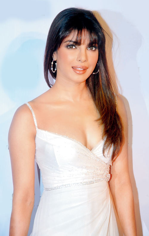 Movie Priyanka Chopra Photos, Videos, Reviews