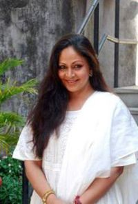 Actor Rati Agnihotri in Jeena Isi Ka Naam Hai, Actor Rati Agnihotri photos, videos in Jeena Isi Ka Naam Hai