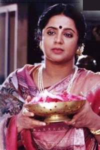 Actor Srividya in Konjum Kili, Actor Srividya photos, videos in Konjum Kili