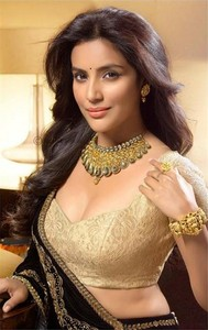 Latest stills of Priya Anand