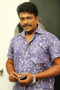 Actor R. Parthiban in Otha Seruppu Size 7, Actor R. Parthiban photos, videos in Otha Seruppu Size 7