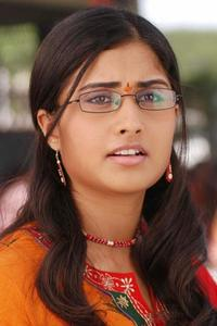Actor Shamili in Anjali, Actor Shamili photos, videos in Anjali