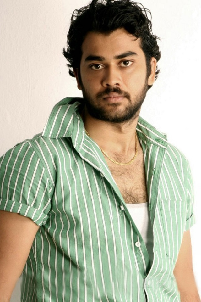 Movie Chaitanya Krishna Photos, Videos, Reviews