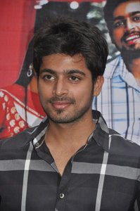 Actor Harish Kalyan in Pyaar Prema Kadhal, Actor Harish Kalyan photos, videos in Pyaar Prema Kadhal