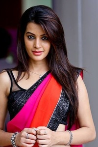 Actor Diksha Panth in Aanand Baugh, Actor Diksha Panth photos, videos in Aanand Baugh