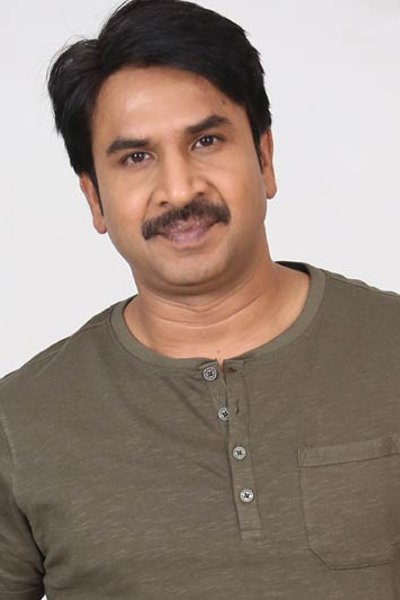 Movie Srinivasa Reddy Photos, Videos, Reviews