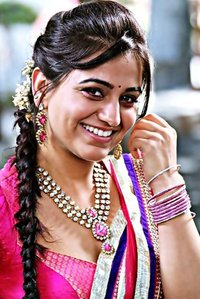 Actor Aksha Pardasany in Love You Family, Actor Aksha Pardasany photos, videos in Love You Family