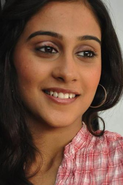 Movie Regina Cassandra Photos, Videos, Reviews