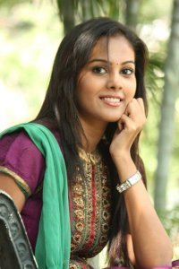Actor Chandini Tamilarasan in Billa Pandi, Actor Chandini Tamilarasan photos, videos in Billa Pandi