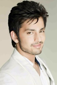 Actor Himansh Kohli in Jeena Isi Ka Naam Hai, Actor Himansh Kohli photos, videos in Jeena Isi Ka Naam Hai