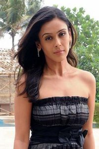 Actor Hrishita Bhatt in Prakash Electronic, Actor Hrishita Bhatt photos, videos in Prakash Electronic