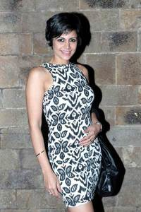 Actor Mandira Bedi in Saaho, Actor Mandira Bedi photos, videos in Saaho