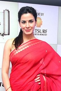 Actor Kirti Kulhari in Mission Mangal, Actor Kirti Kulhari photos, videos in Mission Mangal