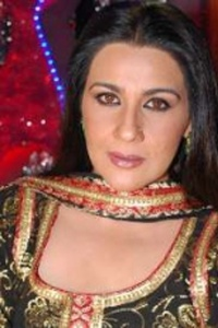 Actor Amrita Singh in Khudgarz, Actor Amrita Singh photos, videos in Khudgarz