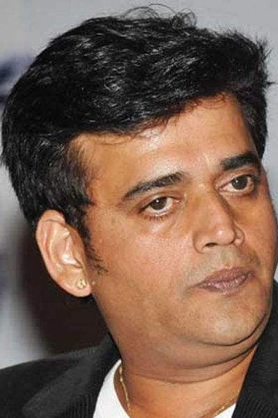 Movie Ravi Kishan Photos, Videos, Reviews