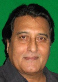 Actor Vinod Khanna in Ek Thi Rani Aisi Bhi, Actor Vinod Khanna photos, videos in Ek Thi Rani Aisi Bhi