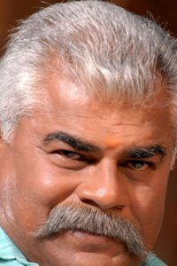 Actor Sharat Saxena in Hansa Ek Sanyog, Actor Sharat Saxena photos, videos in Hansa Ek Sanyog