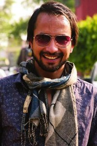 Actor Deepak Dobriyal in Zero, Actor Deepak Dobriyal photos, videos in Zero