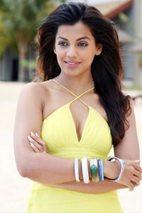 Actor Mugdha Godse in Thani Oruvan, Actor Mugdha Godse photos, videos in Thani Oruvan