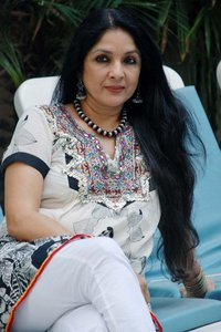 Actor Neena Gupta in Badhaai Ho, Actor Neena Gupta photos, videos in Badhaai Ho