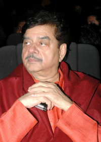 Actor Shatrughan Sinha in Khudgarz, Actor Shatrughan Sinha photos, videos in Khudgarz