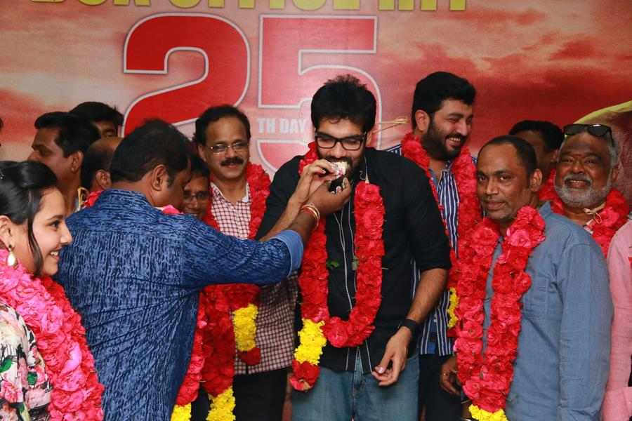 Jackson Durai 25th day celebration stills | Actor Sibiraj, Siddharth Vipin, director Dharanidharan