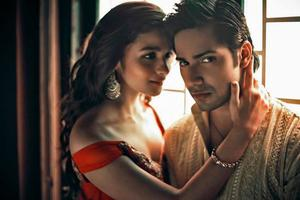 Varun Dhawan and Alia Bhatt in Humpty Sharma Ki Dulhania