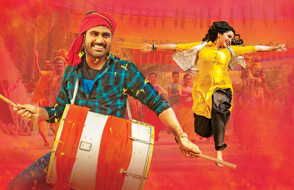 Sharwanand, Anupama Parameswaran Shatamanam Bhavati Movie Stills