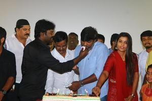 Dharma Durai Movie 100 Days Celebration Stills | S Thanu, Vijay Sethupathi, Ishwarya Rajesh, R. K. Suresh