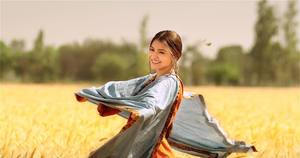 Anushka Sharma still from Phillauri Movie