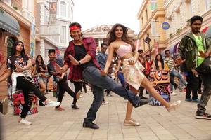 Tiger Shroff, Nidhhi Agerwal Stills From Munna Michael