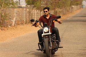 Inayathalam Tamil Movie Stills | Ganesh Venkatraman
