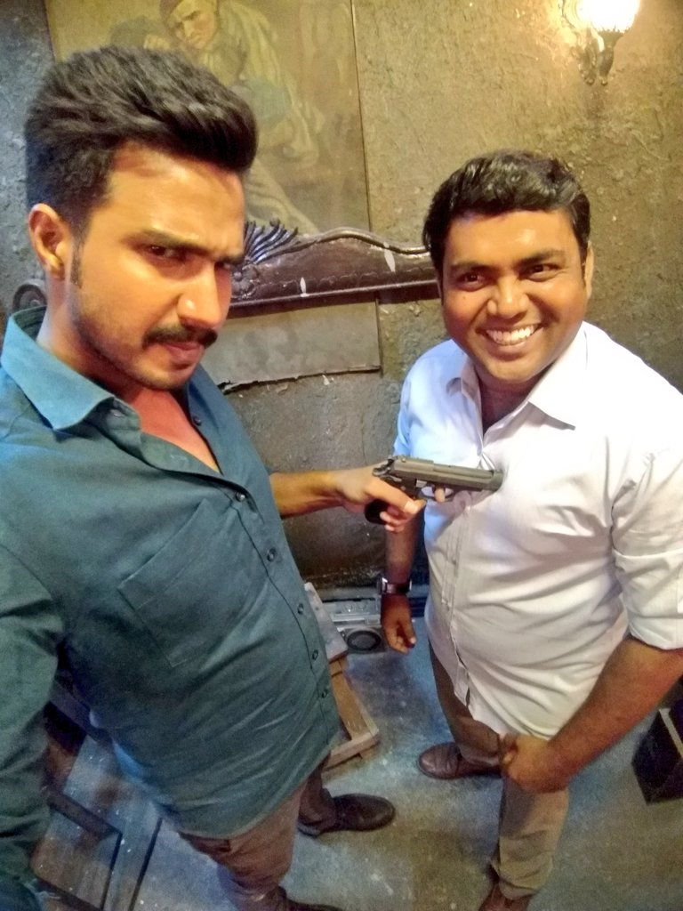 Vishnu Vishal and Kaali Venkat on the sets of Minmini