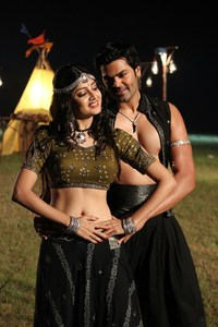Latest Stills from Acharam Tamil Movie Starring Ganesh Venkatraman, Poonam Kaur