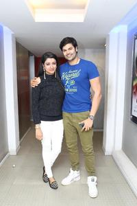 Ganesh Venkatraman and his wife Nisha Krishnan at Inayathalam Premiere Show