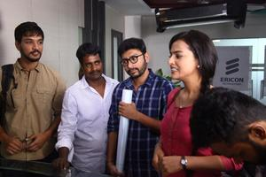 Checkout the stills of Tamil movie Ivan Thanthiran starring Gautham Karthik, RJ Balaji, Shraddha Srinath and others.